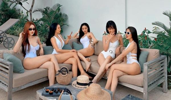 hoi ban than dien bikini khoe nguc no, eo thon dep lam dan tinh ban loan - 4
