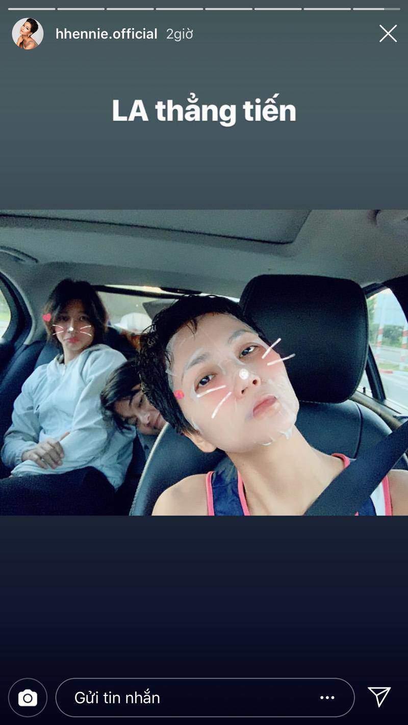 Bận rộn chăm con, mẹ bỉm Ốc Thanh Vân, Lan Cave đắp mặt nạ dưỡng da cả khi lái xe 6