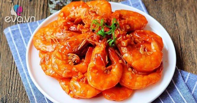 Rang, rim mãi cũng chán, đem tôm sốt cà chua kiểu này cơm nấu nhiều lại nhanh hết