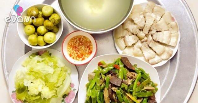 Nàng dâu đảm bữa nào nấu ăn cũng đúng giờ, bố mẹ chồng được đãi toàn món ngon vừa ý
