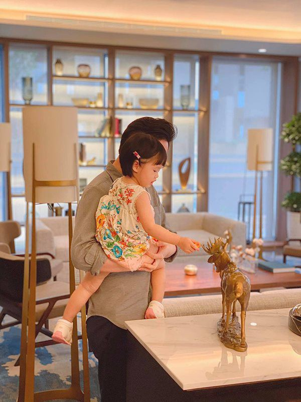 Cùng lấy chồng siêu giàu, cung điện nhà Tăng Thanh Hà và Lan Khuê có gì khác biệt? - ảnh 4