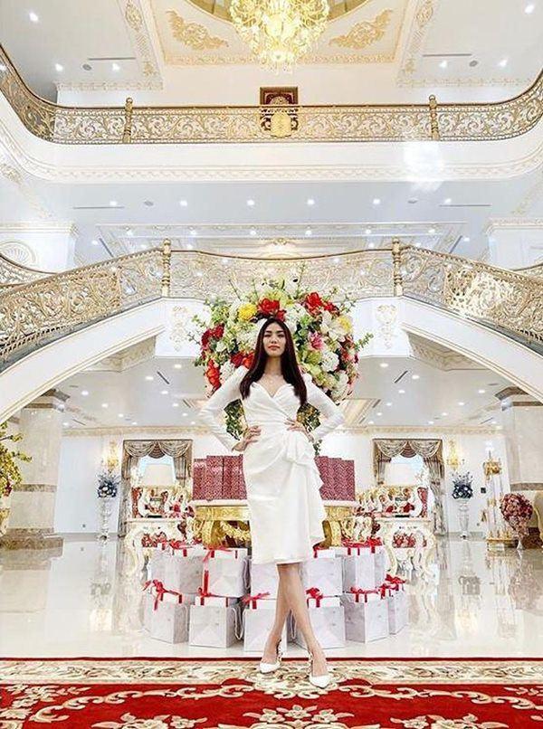 Cùng lấy chồng siêu giàu, cung điện nhà Tăng Thanh Hà và Lan Khuê có gì khác biệt? - ảnh 12