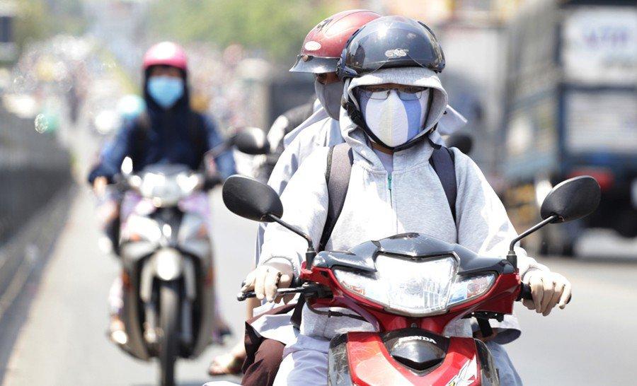 Nắng nóng như lò lửa trên 39°C ở Hà Nội và miền Bắc: Khi nào mới kết thúc?