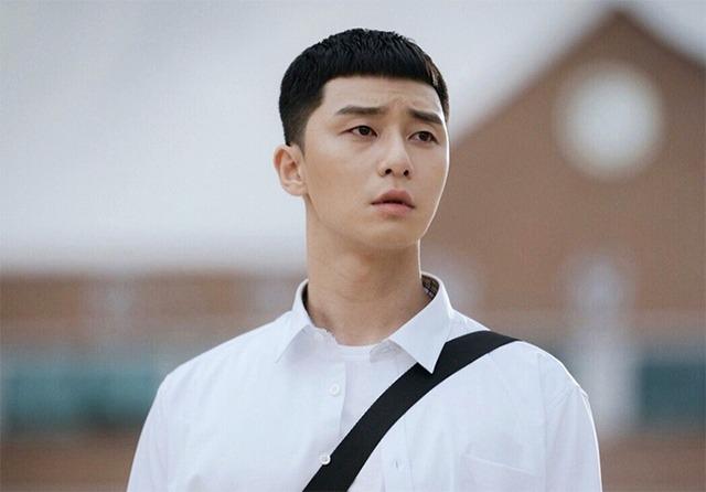 Những kiểu tóc nam Hàn Quốc 2021 ngắn đẹp được yêu thích nhất hiện nay - 10