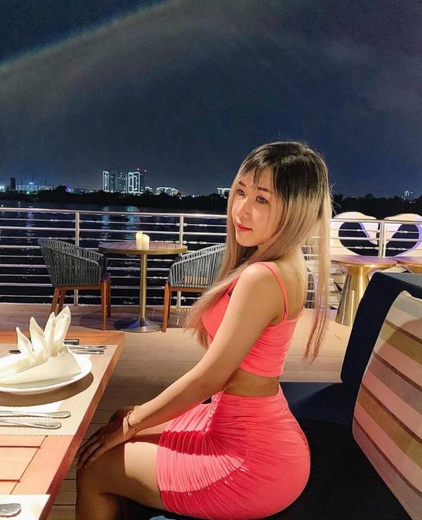 my nhan nguc tan cong mong phong thu khoe dang cuon hut voi bikini lam dan tinh say me - 9