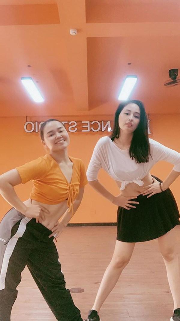 mai phuong thuy da lam the nao de tu mum mim gio day so huu vong eo 56 cm? - 13