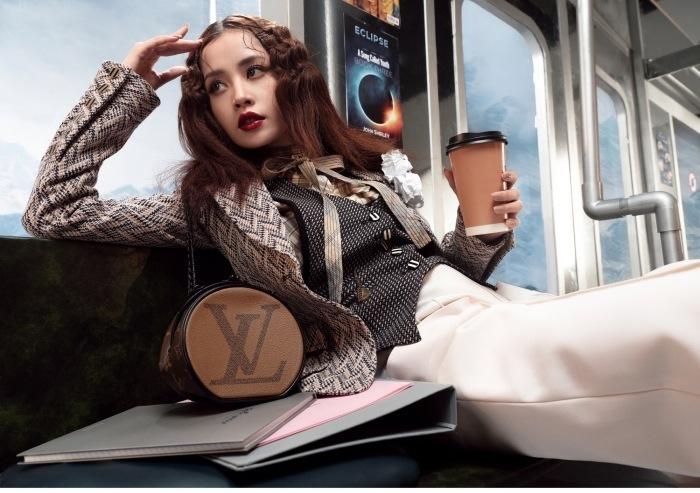 Không chỉ túi máy bay của Louis Vuitton, thế giới hàng hiệu còn nhiều mẫu túi độc lạ hơn thế - 12