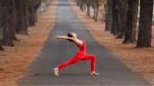 Giáo viên 9X trình diễn yoga giữa núi rừng Gia Lai