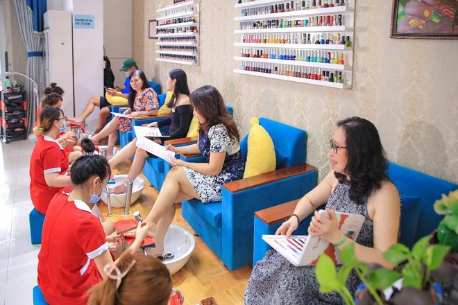 Massage chuyên sâu xua tan căng thẳng, mệt mỏi tại Hellen Bình Beauty Spa amp; Nails - 4