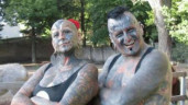 Cặp đôi có ngoại hình độc đáo đạt kỷ lục thế giới về số lần chỉnh sửa cơ thể