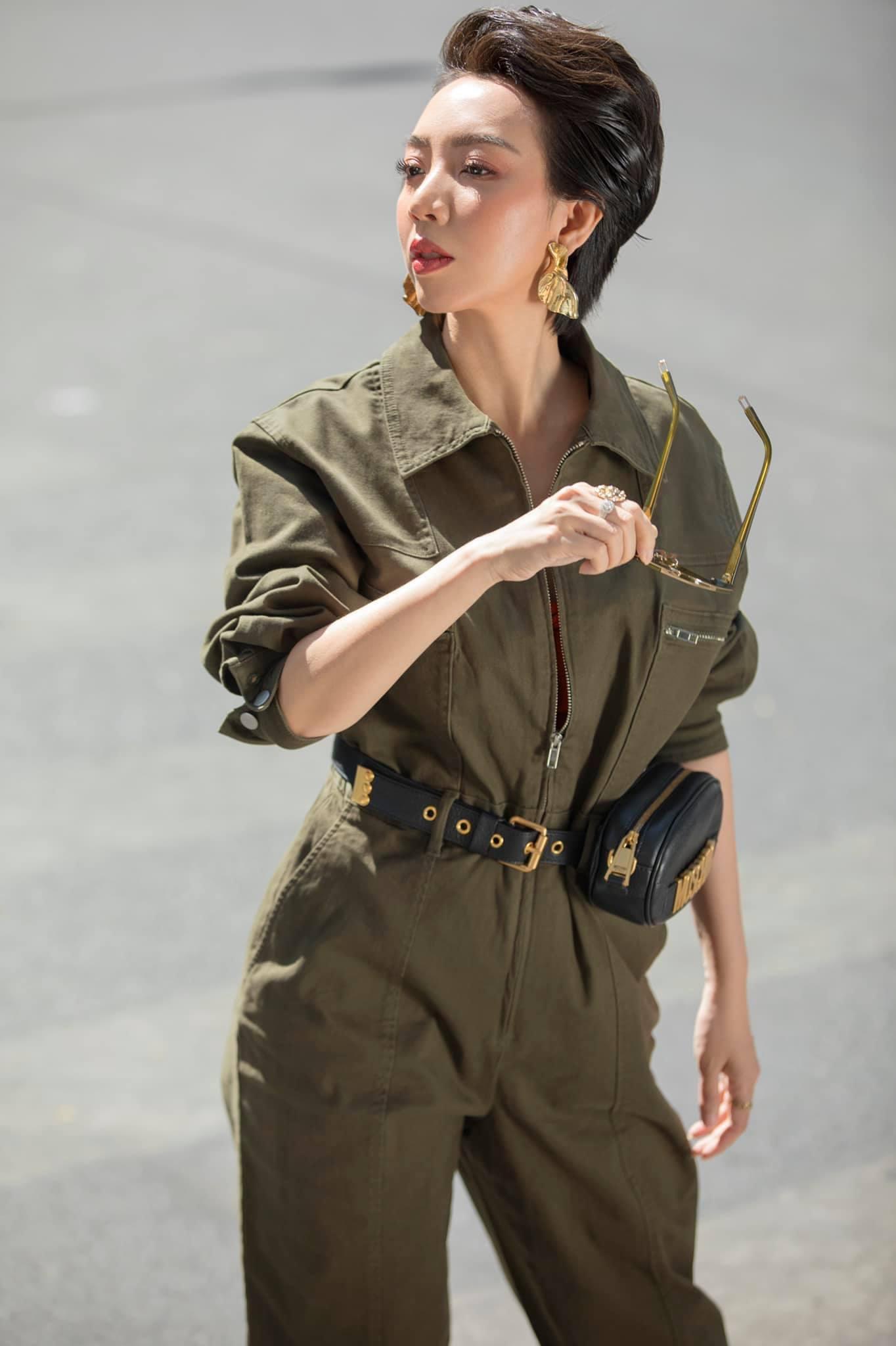 Thu Trang tiêm mỡ lên mặt, giờ trẻ đẹp đúng chuẩn Hoa hậu làng hài - 8