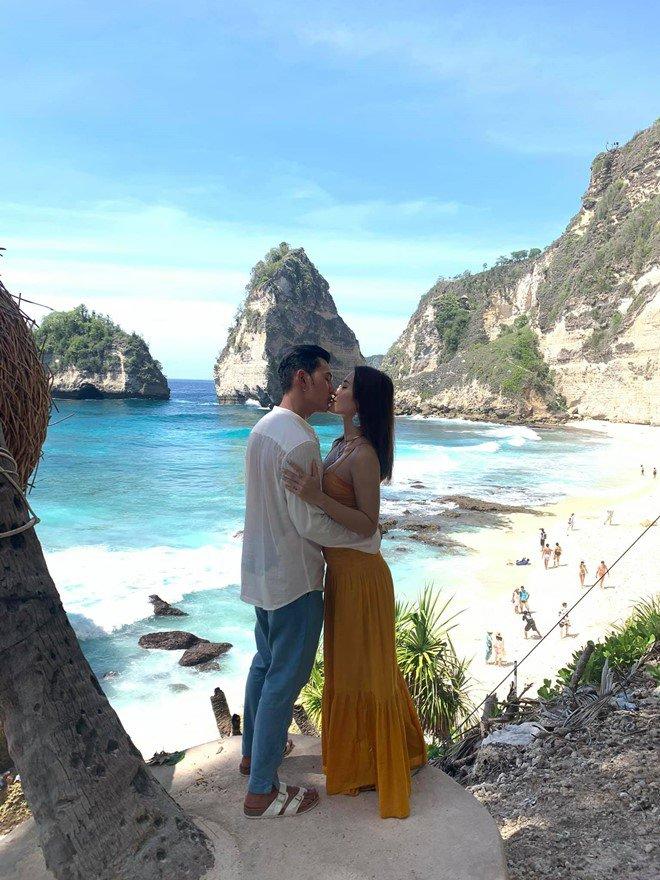 Đang hạnh phúc như mơ bên bạn trai amp;#34;soái caamp;#34;, Phương Trinh tiết lộ từng có người yêu Việt kiều - 4