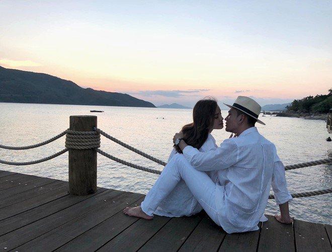 Đang hạnh phúc như mơ bên bạn trai amp;#34;soái caamp;#34;, Phương Trinh tiết lộ từng có người yêu Việt kiều - 17