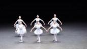 Màn biểu diễn ballet 'vụng về' từng gây sốt toàn thế giới