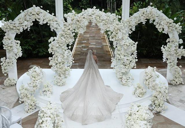 Đám cưới amp;#34;khủngamp;#34; 23 tỷ của chú rể 62 tuổi với vợ trẻ, phòng nghỉ cho khách đã 35 triệu/đêm - 5