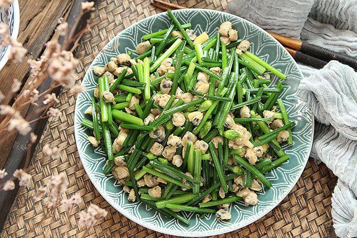 Mùa hè, hến xào với rau này vừa ngon, dễ ăn lại bổ như thuốc - 8
