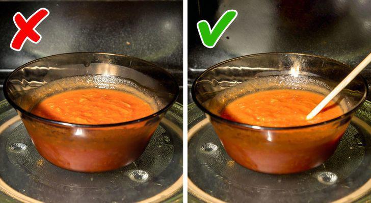 Những món ăn không nên hâm nóng bằng lò vi sóng, vừa mất ngon lại gây hại sức khỏe - 5