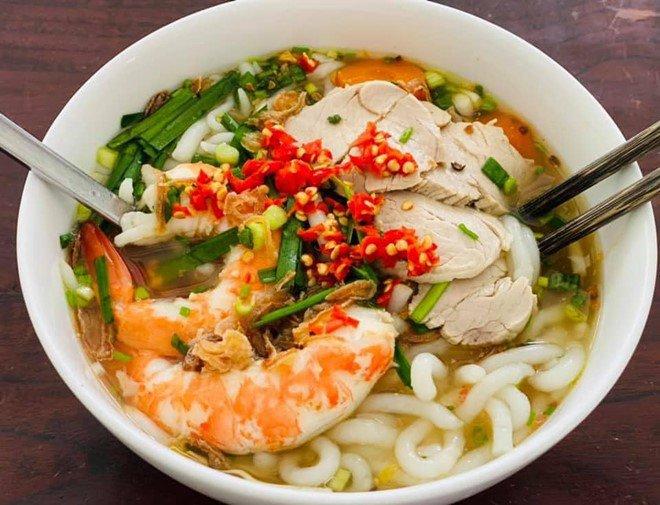 Hoàng Oanh sướng rớt nước mắt, Thu Minh chạy sang ăn ké nhà amp;#34;Nữ tướng cướpamp;#34; vì nấu quá ngon - 7