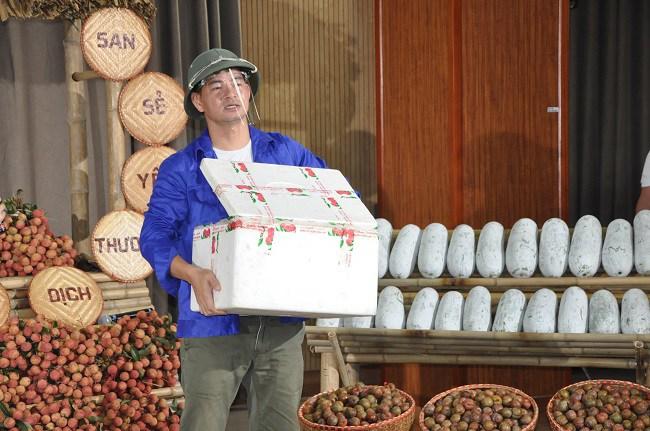 Tin tức 24h: Xuân Bắc livestream bán nông sản, chốt hơn 4.000 đơn chỉ trong vòng 1 giờ - 3