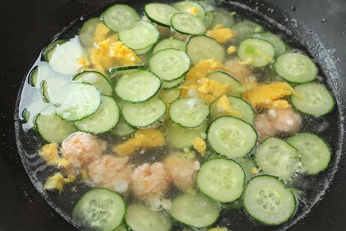 Dưa chuột không chỉ để làm nộm, đem nấu kiểu này được món siêu mát, giải nhiệt lại bổ dưỡng - 7