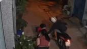 Trượt ngã khi đi cướp, nam thanh niên bị cả xóm lao ra vây bắt