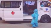 Nhói lòng bé gái 5 tuổi một mình bước lên xe cấp cứu vào bệnh viện điều trị COVID-19
