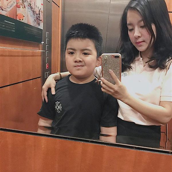 single mom u30 lao cai 8 nam vat va nuoi con van nhu gai 16, di voi con ai cung tuong chi em - 4