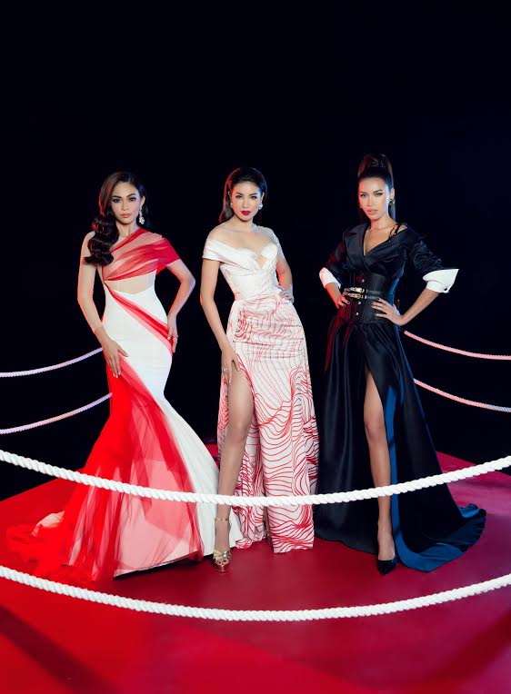 Fans hồi hộp khi Phạm Hương đi đấu võ vẫn mặc váy dạ hội