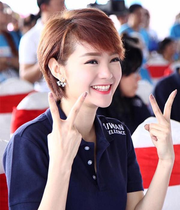 """sao viet de toc pixie: minh hang """"dep trai"""" han len, dang thu thao la lam khac thuong - 2"""