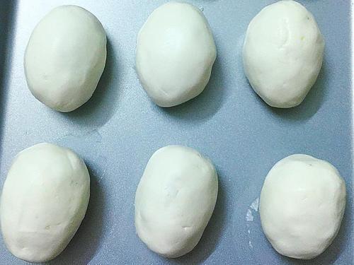 Cách làm bánh rán mặn giòn ngon chuẩn vị, cứ xong cái nào ăn hết bay cái đó