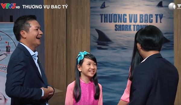 """me con """"doanh nhan nhi"""" bong che buoi len shark tank, goi von 200 trieu bat ngo duoc 800 trieu - 5"""