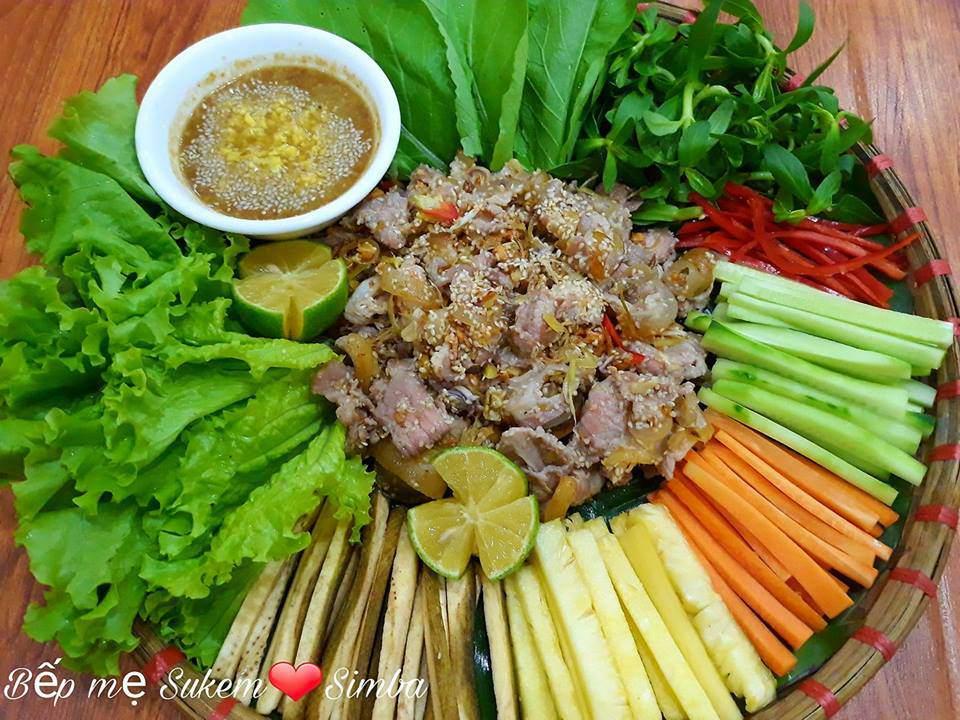 vo 14 nam nau com ngon, chong chang chiu khen nhung giau diem suot ngay len khoe dong nghiep - 4