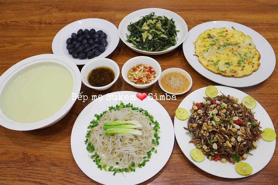 vo 14 nam nau com ngon, chong chang chiu khen nhung giau diem suot ngay len khoe dong nghiep - 16