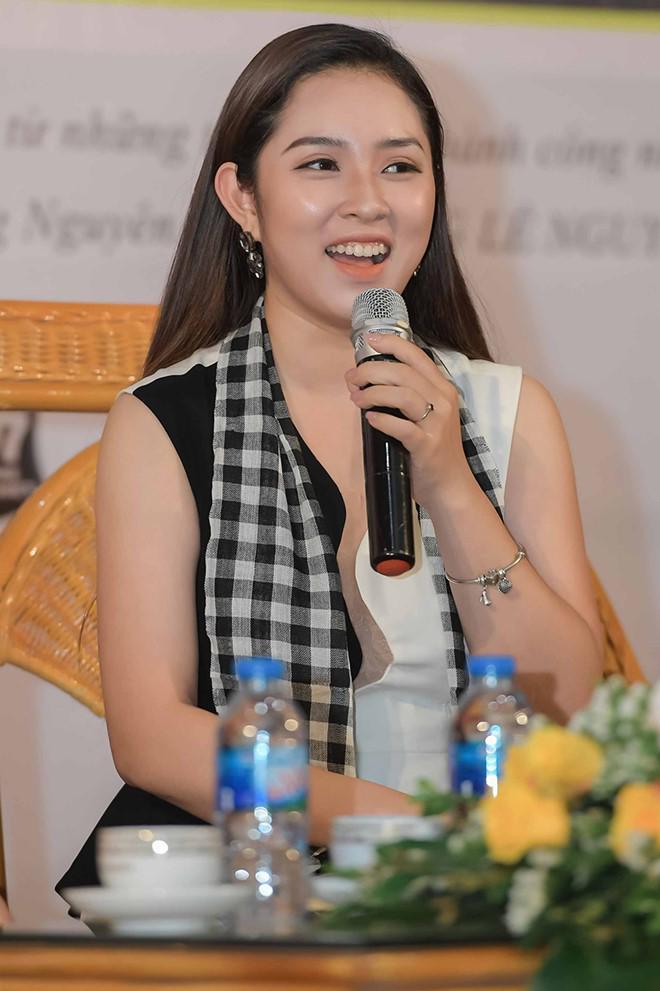 "hoa hau ngoc han: ""toi luong het duoc nhung gi se dien ra voi tieu vy"" - 7"