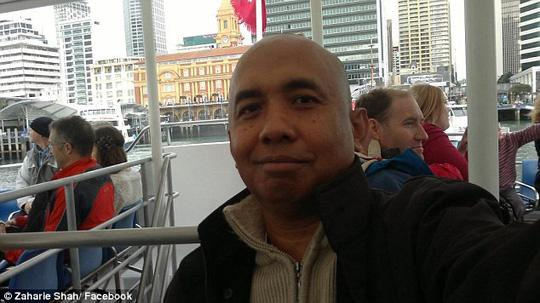 lo tin nhan ga tinh cua phi cong mh370 truoc khi may bay mat tich - 1