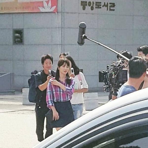 """nguoi dan cuba do xo ra duong xem song hye kyo hen ho """"nguoi tinh man anh"""" - 3"""