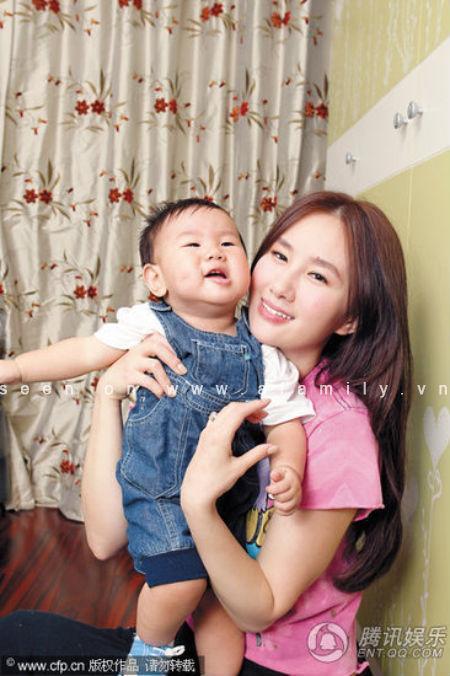 my nu di de hon 1 ty dong, chang phai ban tam chuyen day con ma chong van cung chieu - 4