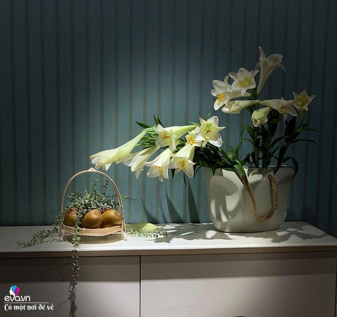 Mẹ bỉm sữa sở hữu hàng trăm bình hoa, chồng tranh phần chăm con để vợ tha hồ thỏa mãn - 4