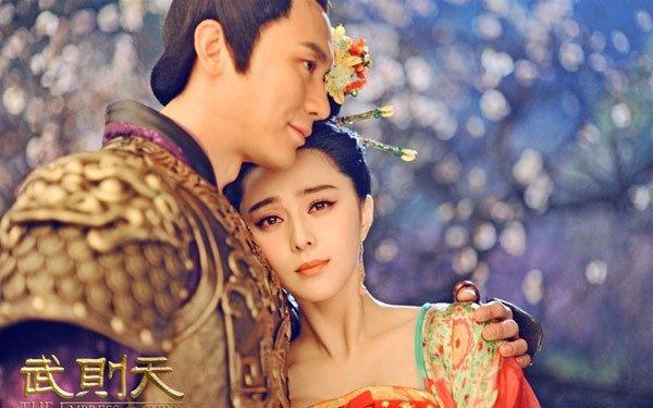 """pham bang bang - song hye kyo: su giong nhau ky la cua 2 """"chi dai"""" bang tuoi - 7"""