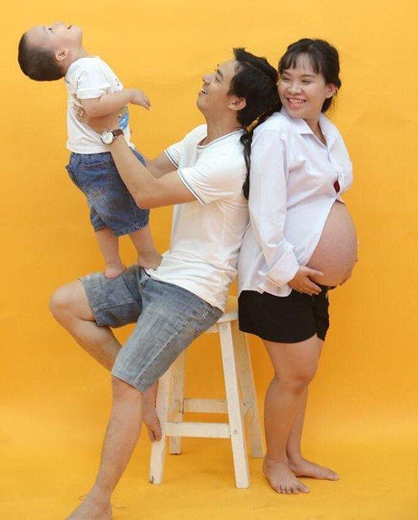 "me sg cao ""met ruoi"" mang bau 3 tu nhien, thang cuoi nam tren giuong cho chong thay bim - 4"