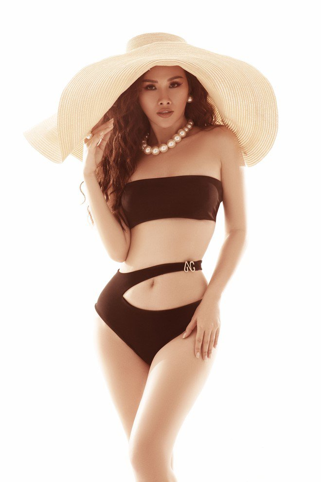 "a hau thanh trang khoe dang nong bong, ""dot mat"" phai manh voi bikini - 7"