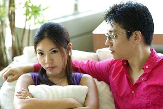 Bắt quả tang chồng hướng dẫn luận văn cho sinh viên với tư thế