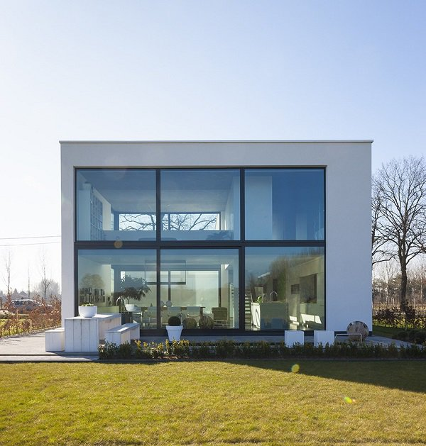 15 mẫu nhà 2 tầng hình vuông đẹp miễn chê, nhà đông người vẫn rộng thoải mái - 8