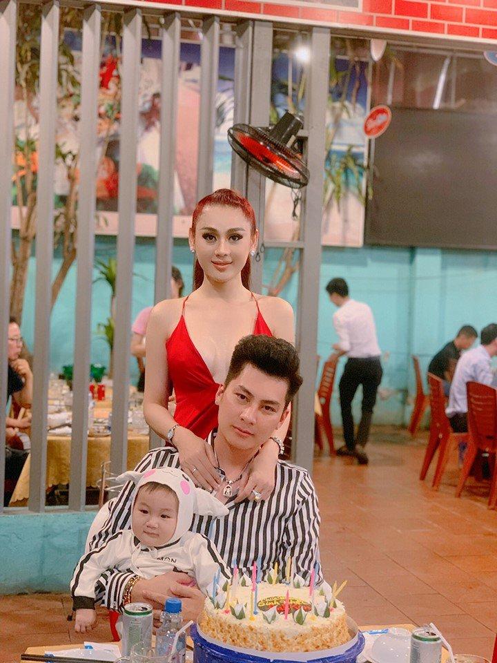 con trai lam khanh chi 9 thang tuoi, ky la dan tinh thay be cang lon cang giong nguoi nay! - 6