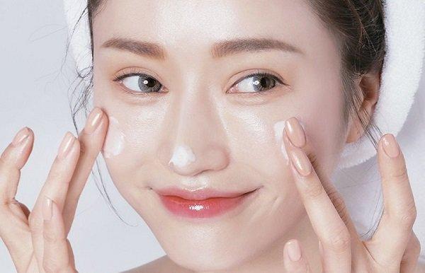 Nếu da mặt có những dấu hiệu dưới đây, bạn cần thay đổi quy trình skincare ngay lập tức - 6