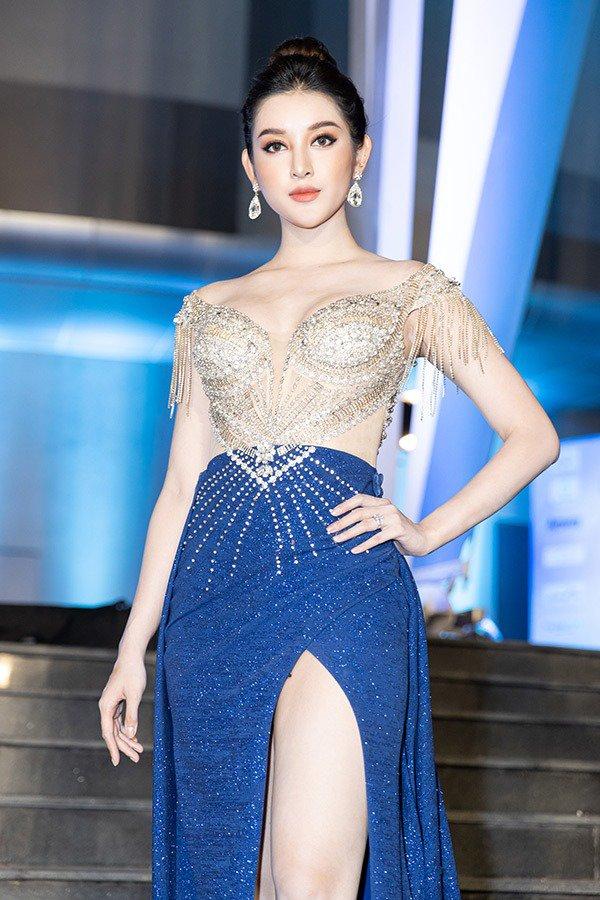 truc tiep: luong thuy linh dang quang miss world viet nam 2019! - 19