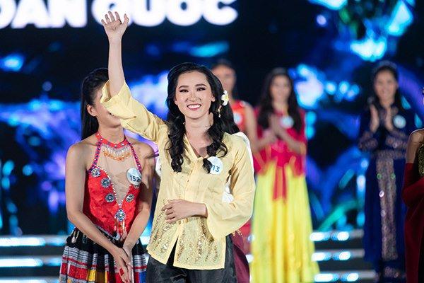 truc tiep: luong thuy linh dang quang miss world viet nam 2019! - 21