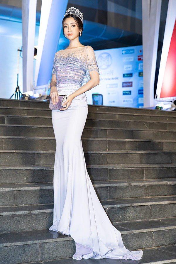 truc tiep: luong thuy linh dang quang miss world viet nam 2019! - 18