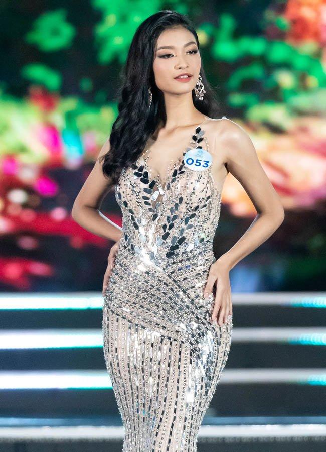 truc tiep: luong thuy linh dang quang miss world viet nam 2019! - 3