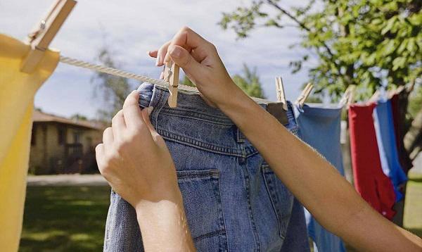 amp;#34;Té ngửaamp;#34; sự thật việc kiêng phơi quần áo ban đêm trong tháng cô hồn để không hút... âm khí - 3